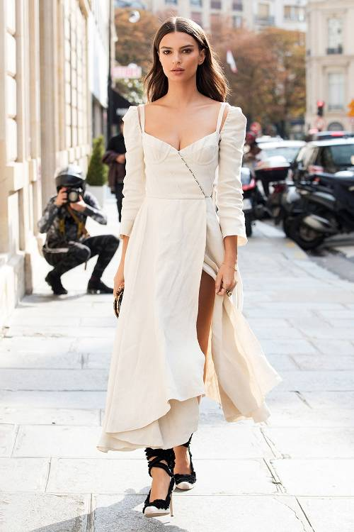 Celebrity Style: Best Emily Ratajkowski Fashion Looks