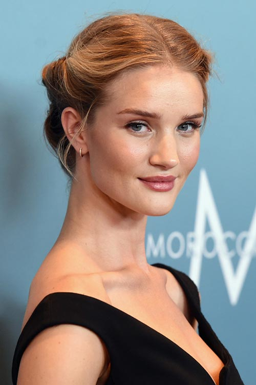 Rosie Huntington-Whiteley Rolled Retro Updo