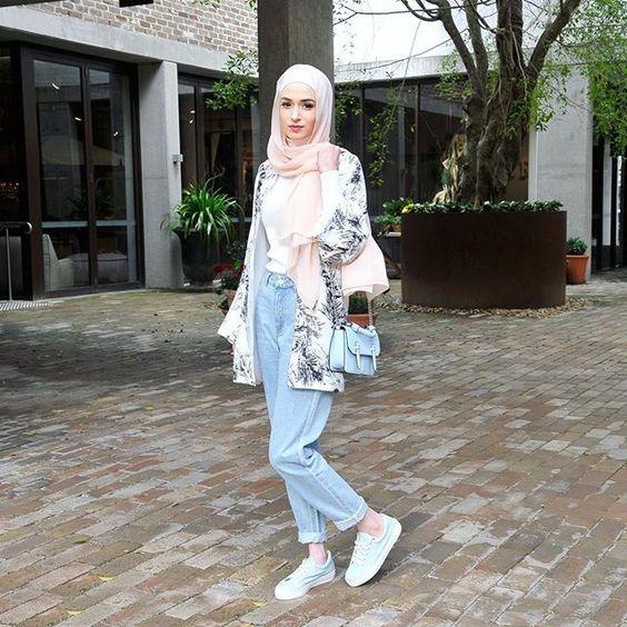 Hijab Trend Spring 2018