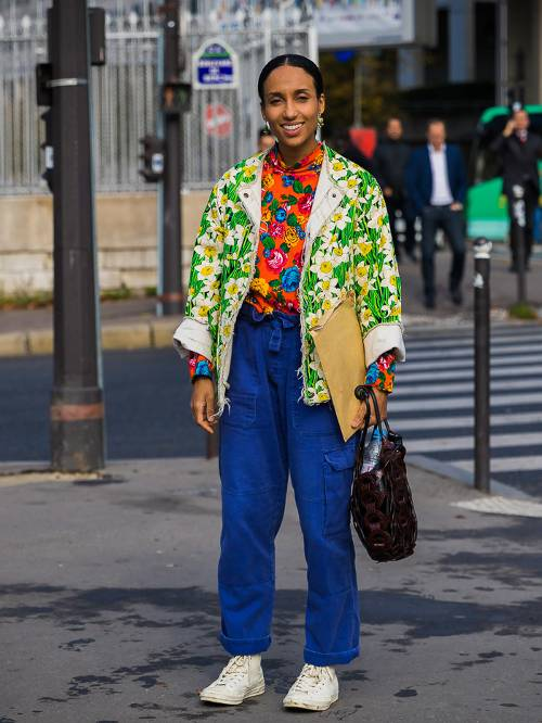 The Inspiring Ways To Wear Old-School Streetwear Outfit This Year via STYLE DU MONDE