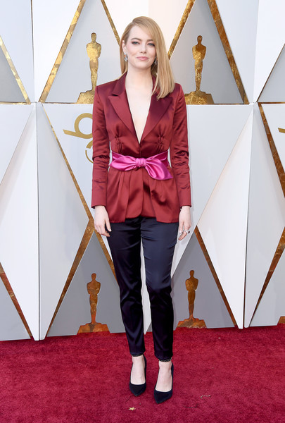 Emma Stone in Louis Vuitton | Best Fashion Looks From The 2018 Oscars Red Carpet