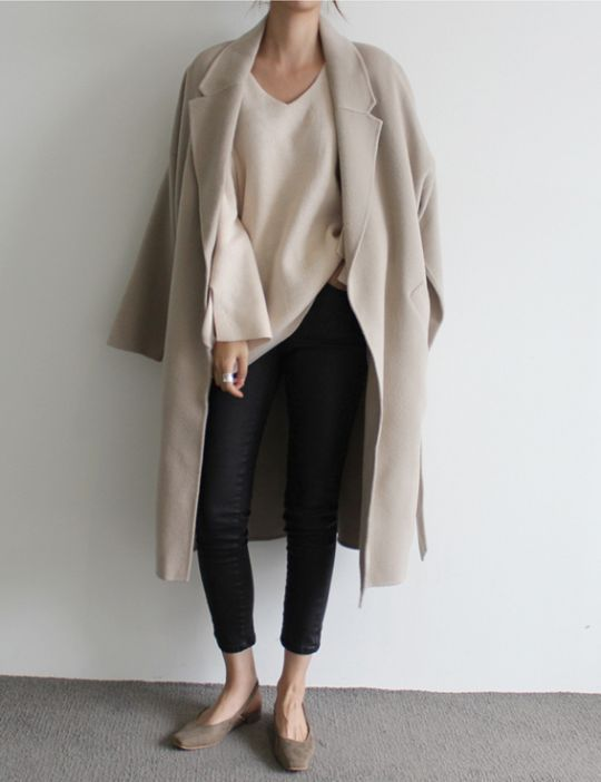 How to Wear Long Coat With Casual Style