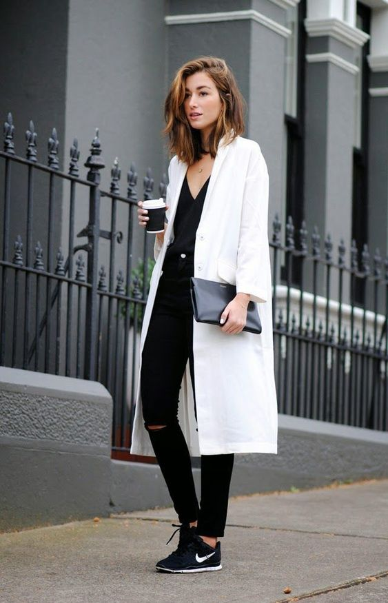 LOng coat minimalist style