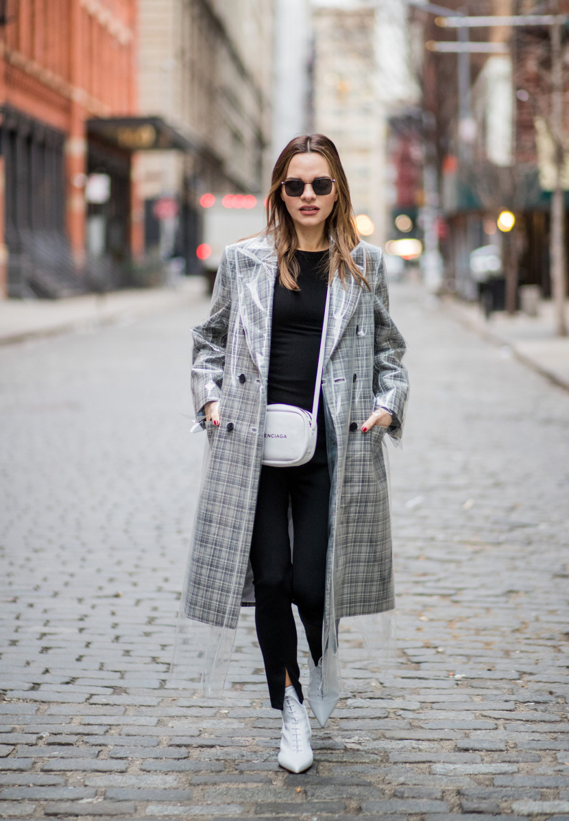 Street Style - New York Fashion Week February 2018 - Day 1