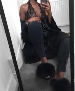 @charliekamale haute acorn black-fur-slides-outfit-650x650