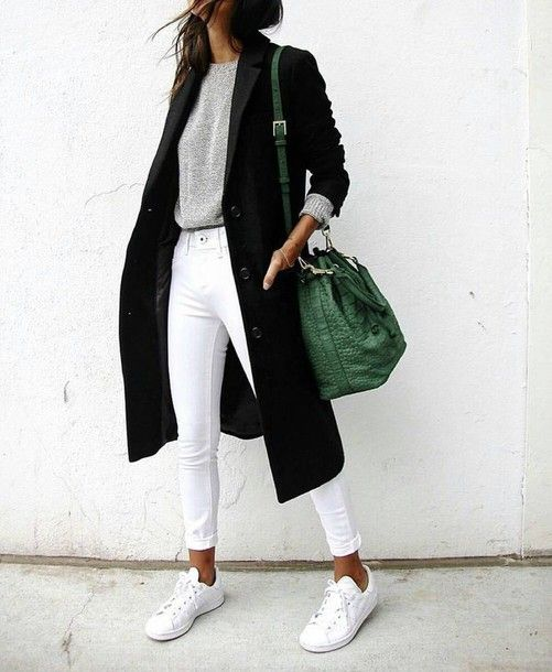 white long coat grey sweater white sneakers casual maxi bag bucket bag leather bag green bag