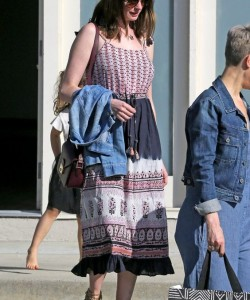 Anne Hathaway Steps Out in LA Nearly 2 Months After Giving Birth to Her First Child