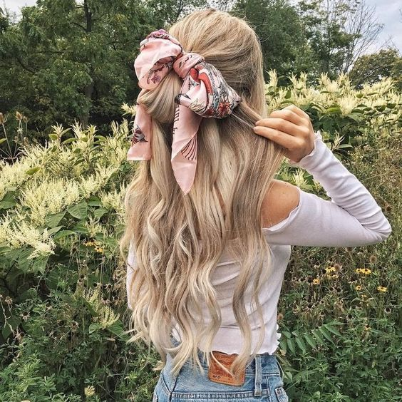 How to style hair with scarf