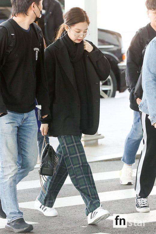BLACKPINK JENNIE AIRPORT