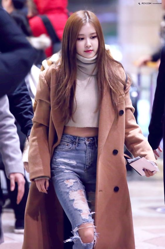 Chic Outfit Ideas From Blackpink Airport Style