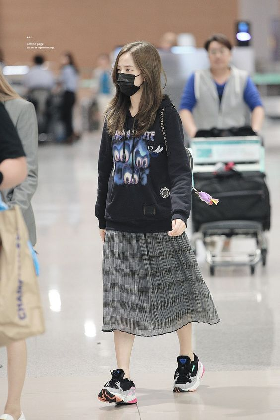 Jisoo BLACKPINK at ICN Airport