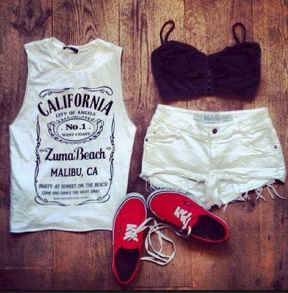Casual Fashion Set With Ripped Short jeans