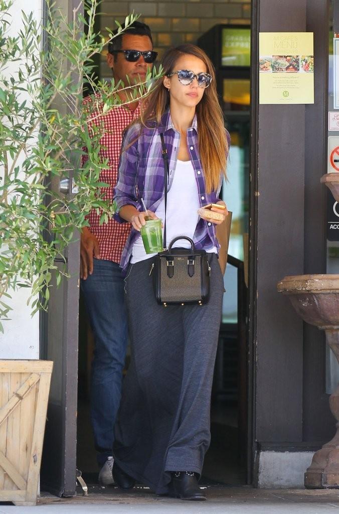 Jessica Alba Latest Street Style