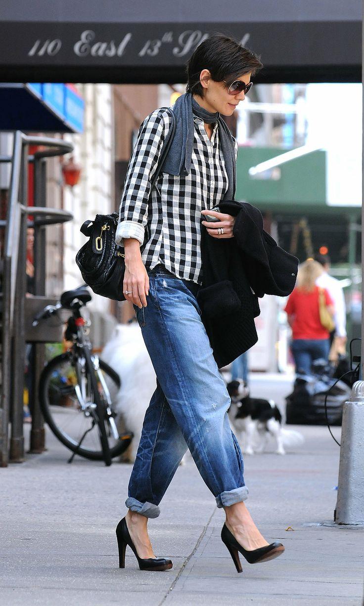 Katie Holmes  Wore Boyfriend Jeans