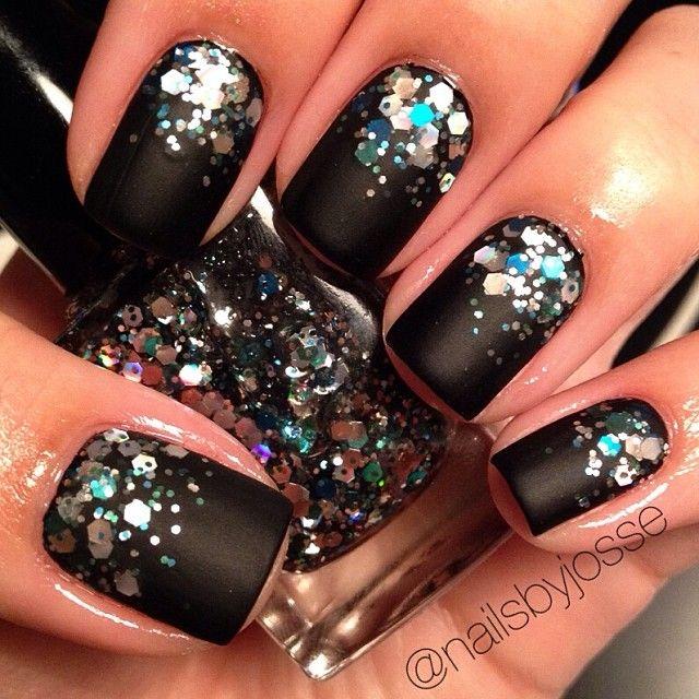 Black Glitter Nail Arts