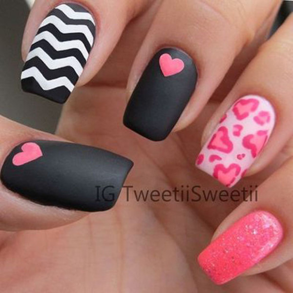 Cute Love Nail Art For Valentine