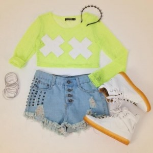 Neon casual Outfit