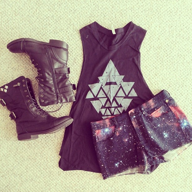 Rocker Casual Style