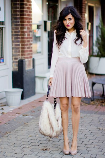 Work outfit with pleated skirt