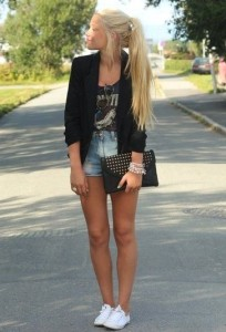 casual fashion style with short and blazer