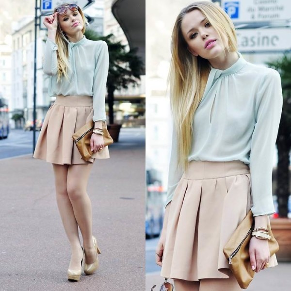 Chic Fashion Style Inspirations With Clutch Handbag