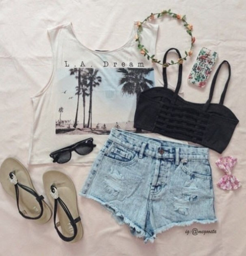 Summer And You: Casual Beach Outfit!