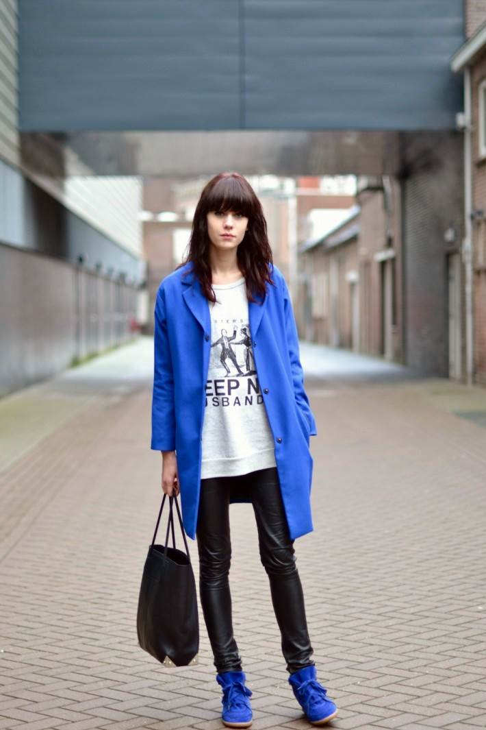 Picked Color: Blue Outfit Is The Warmest Fashion