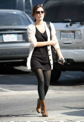 Rachel Bilson - cute fall outfit