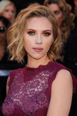Scarlett Johansson Short Bob