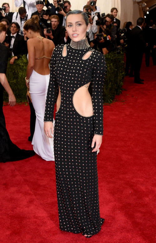 Miley-Cyrus At Met Gala 2015