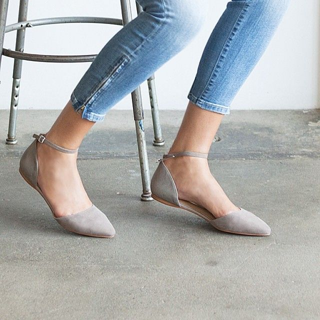 How to Wear Flat SHoes Outfit Ideas