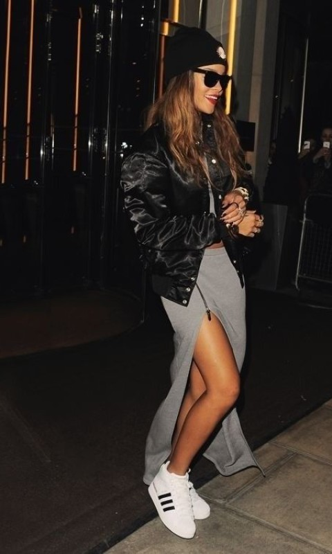 Rihanns Looks Classy with Sneakers