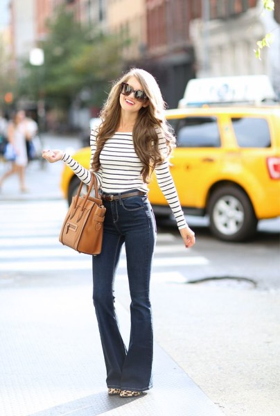 70s Style Outfit With Flare Jeans Come Back!