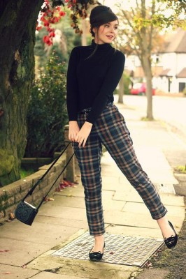 Trousers Turtle Neck Beehive Sixties