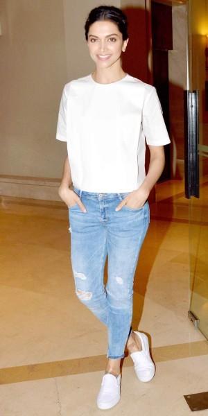 Deepika Padukone at a promotion interview for 'Piku'.