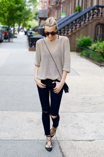 Wear your lace-up flats with skinny jeans that hit at the ankle (to show off the flats) and a light sweater.