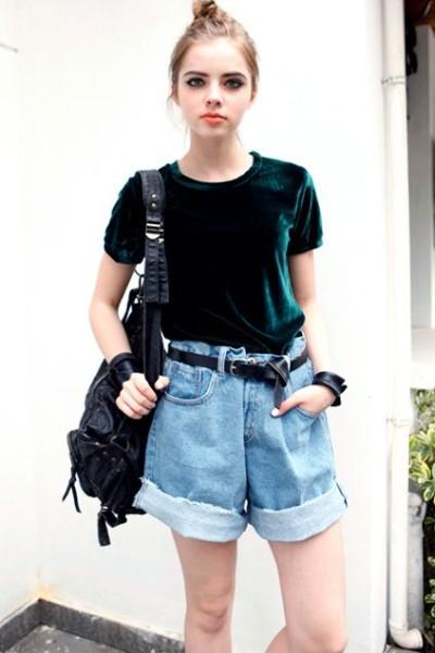Velvet Green T-shirt by Romwe