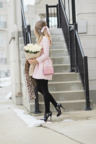 cute-pink-dress-fall-outfit