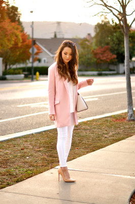 pink-oversize-blazer outfit