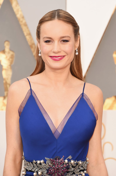 Brie's fuchsia lip was the perfect pop of color to accent her royal blue gown.
