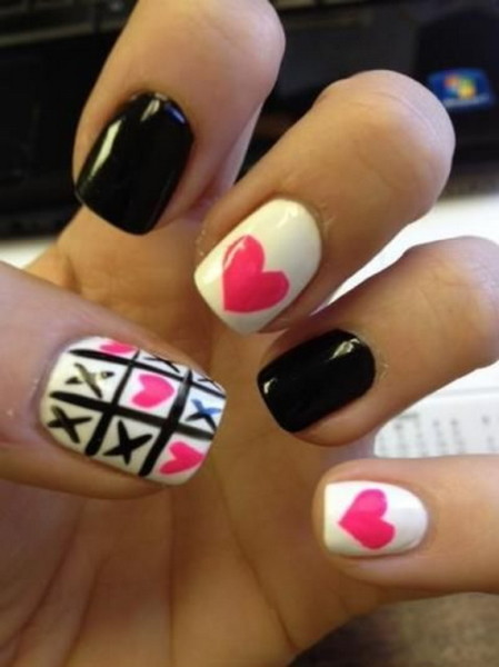 Creative-Nail-Art-Designs-for-Valentines-Day-2014__13