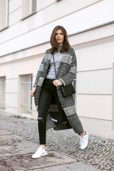 pattern-coat-black-jeans-1