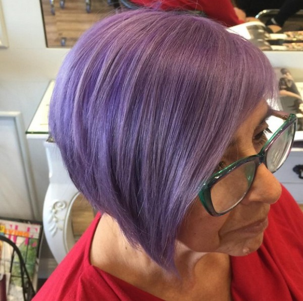 short-pastel-purple-hairstyle-for-older-women-over-60