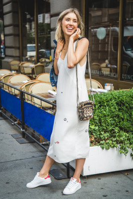 How To Wear Dress Outfit With Sneaker In 2016