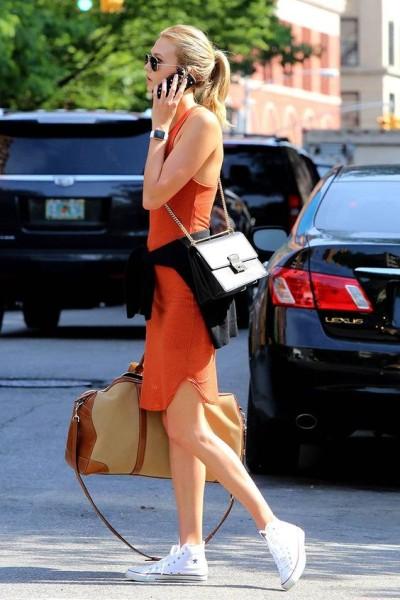 Karlie Kloss Summer Street Style via Vogue Spain