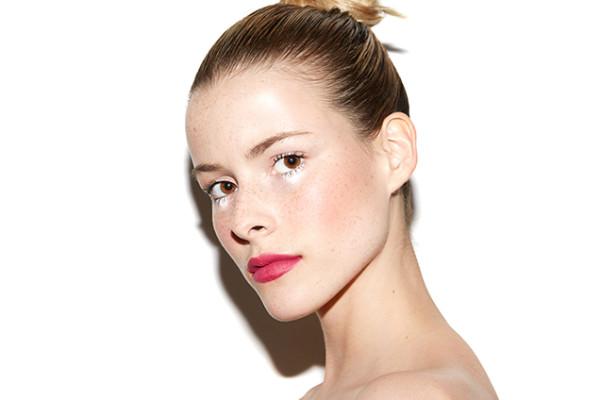 matte-raspberry-lips