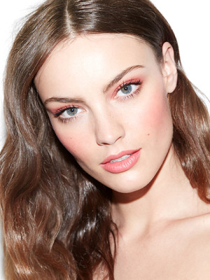 Trend Lipstick Colors You Should Try Now - soft-peach-lips