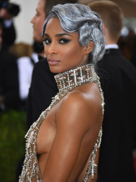 Never one to shy away from a strong beauty look, Ciara stepped out with a silver-gray bob sculpted into soft finger waves