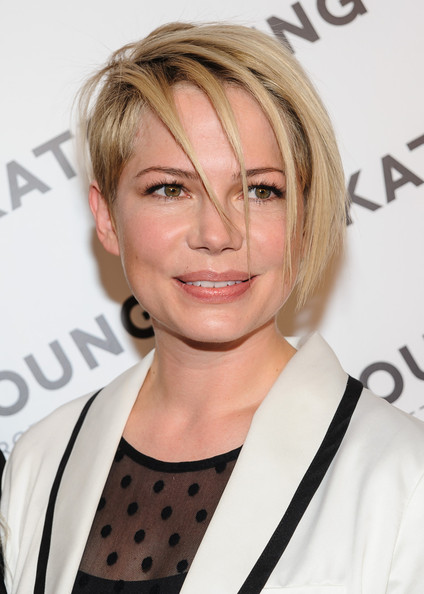 To show off her shortened side, Michelle Williams styled her strands into a piecey pixie.