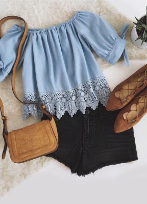 An elastic, off-the-shoulder neckline tops cute tying short sleeves, and a wide-cut woven bodice with a lacy scalloped hem.